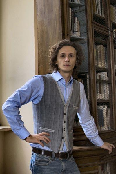 Autore italiano di libri fantasy e di fantascienza
