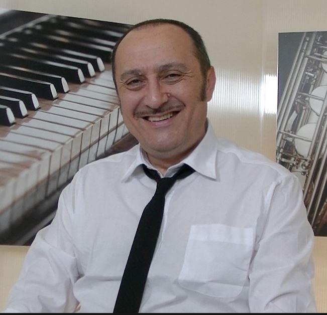 Veris Giannetti, scrittore, cantante, musicista